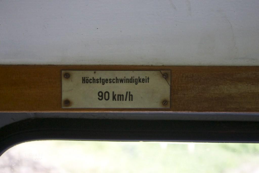 Höchstgeschwindigkeit 90 km/h