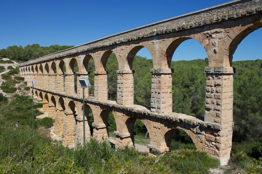 Aquädukt, auch Pont del Diable genannt