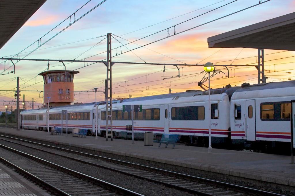 RENFE Baureihe 448 in Reus