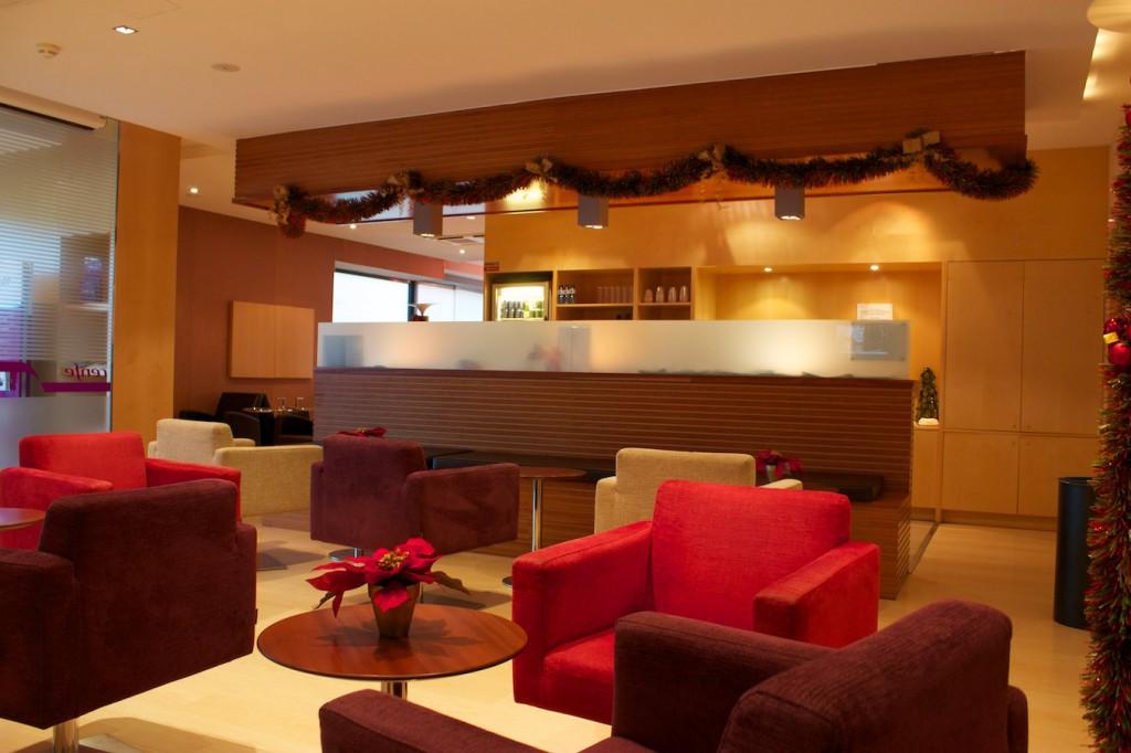 Lounge im Bahnhof Camp de Tarragona im Januar 2013
