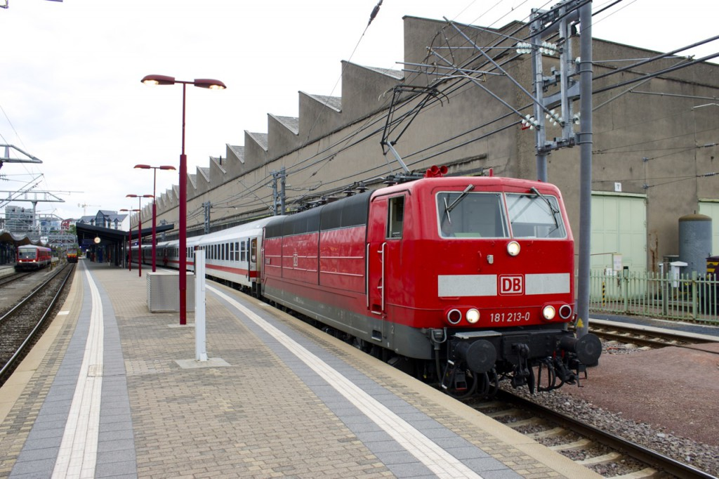 Baureihe 181 im Bahnhof Luxemburg