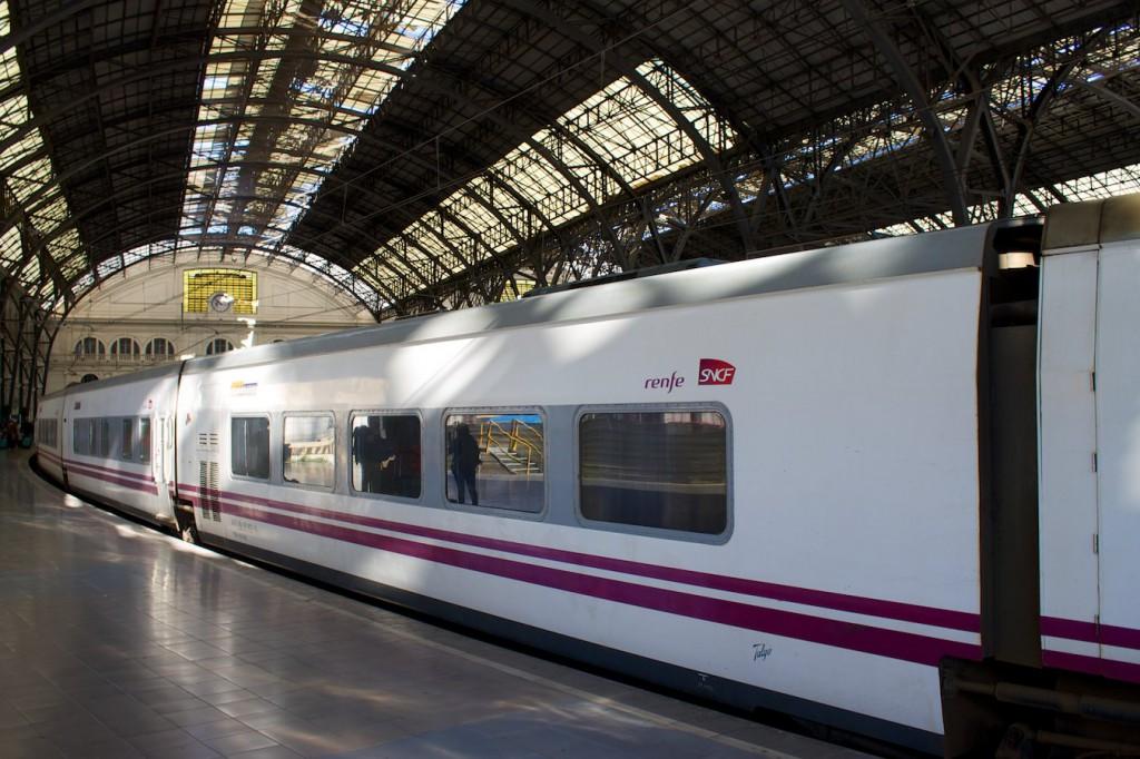 Elipsos bei der Ankunft in Barcelona França
