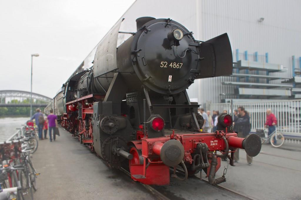 52 4867 am Osthafenplatz