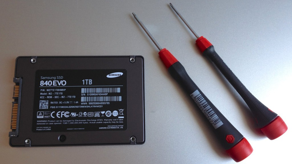 Samsung SSD 840 EVO, PH00 und T6 Schraubendreher