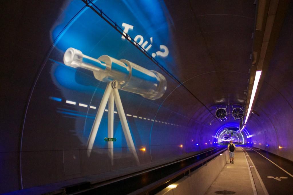 Noch mehr Kunst im Tunnel