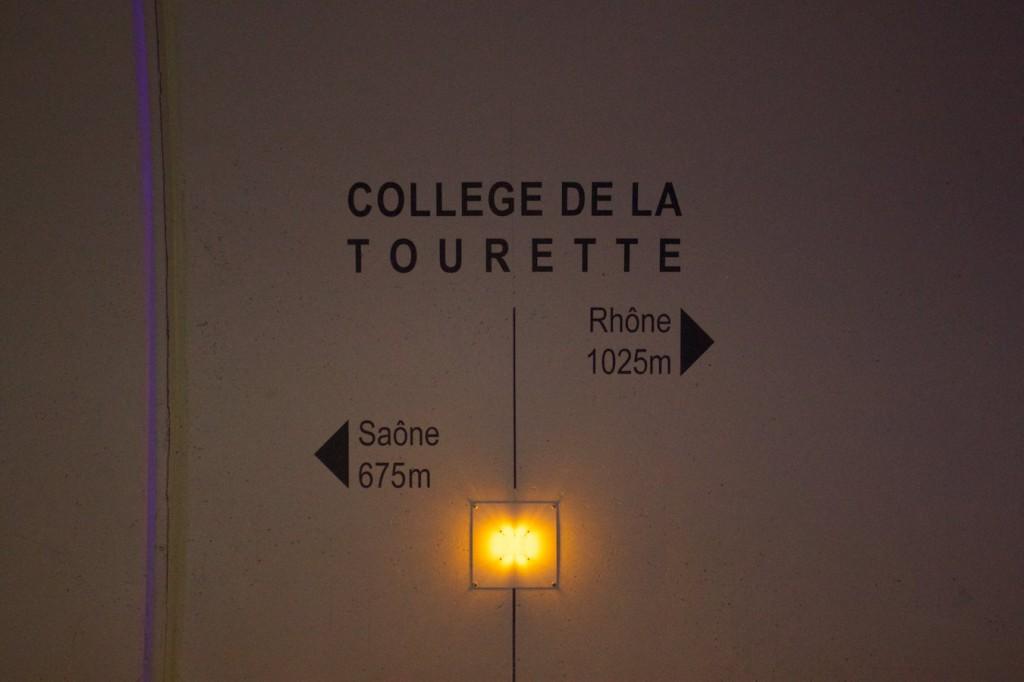 Unter dem College de la Tourette