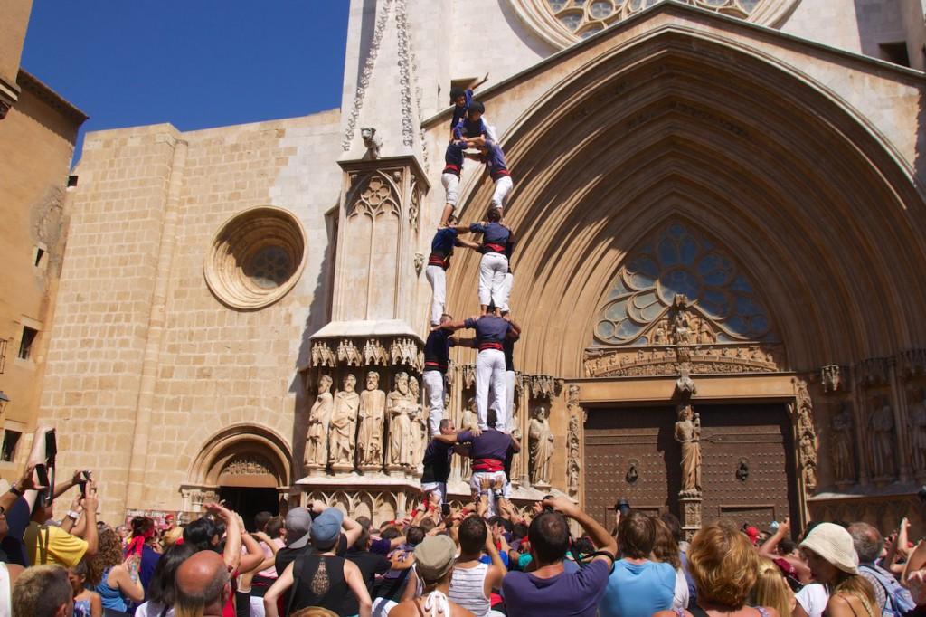 Castell vor der Kathedrale in Tarragona