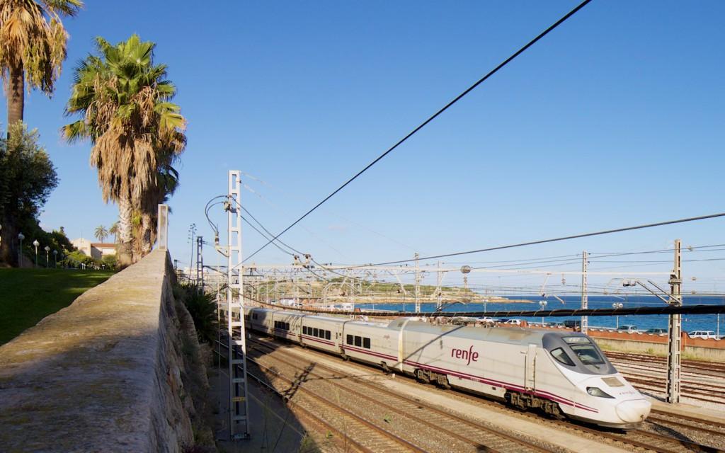 RENFE Baureihe 130 bei Tarragona