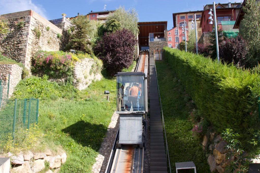 Standseilbahn / Schrägaufzug in Puigcerdà
