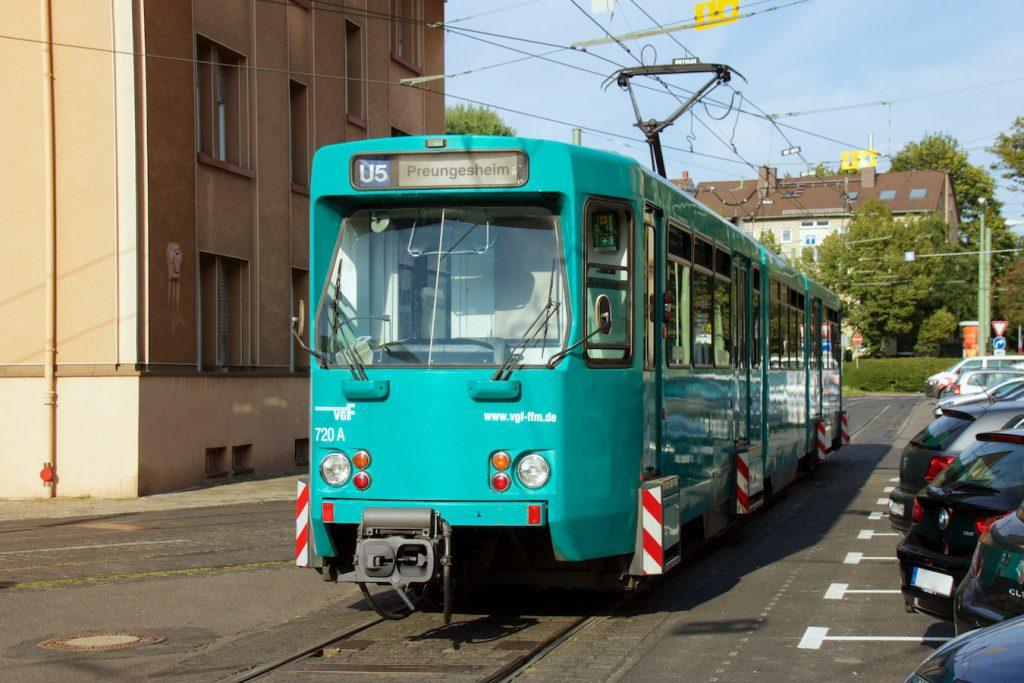 Ptb-Wagen in der Schwabstraße