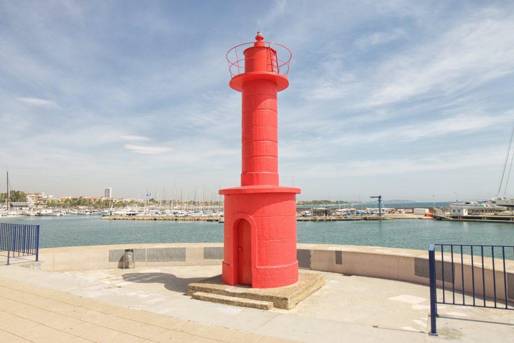 Roter Leuchtturm von Cambrils