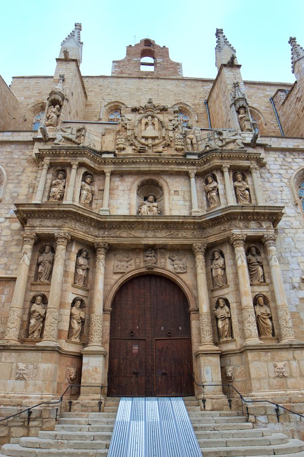 Portal der Kirche Santa Maria in Montblanc