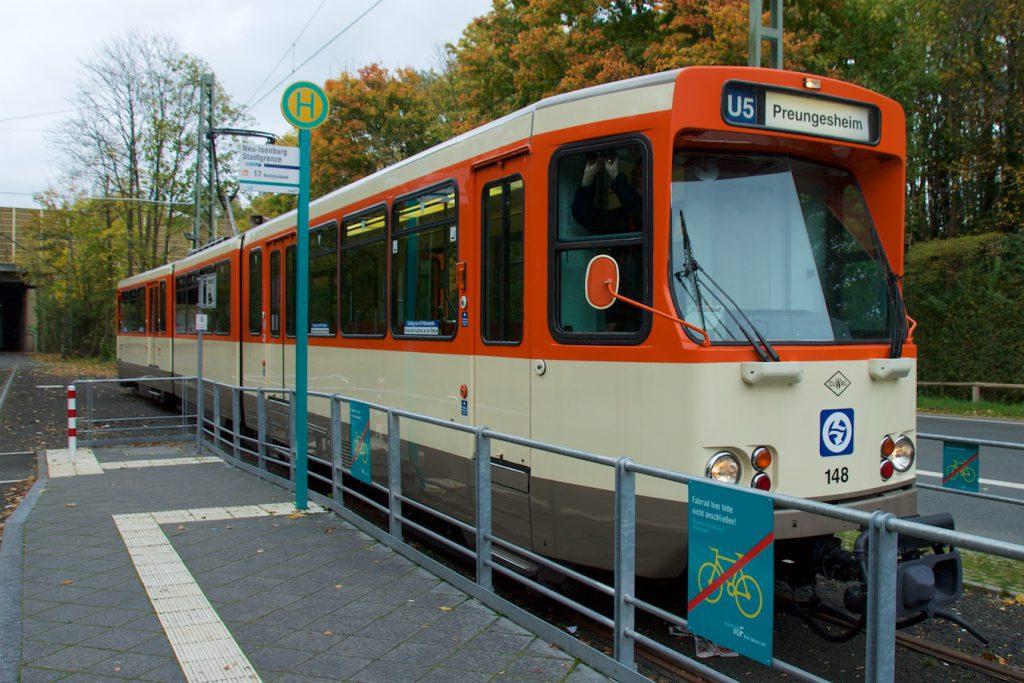 U5 nach Preungesheim in Neu-Isenburg