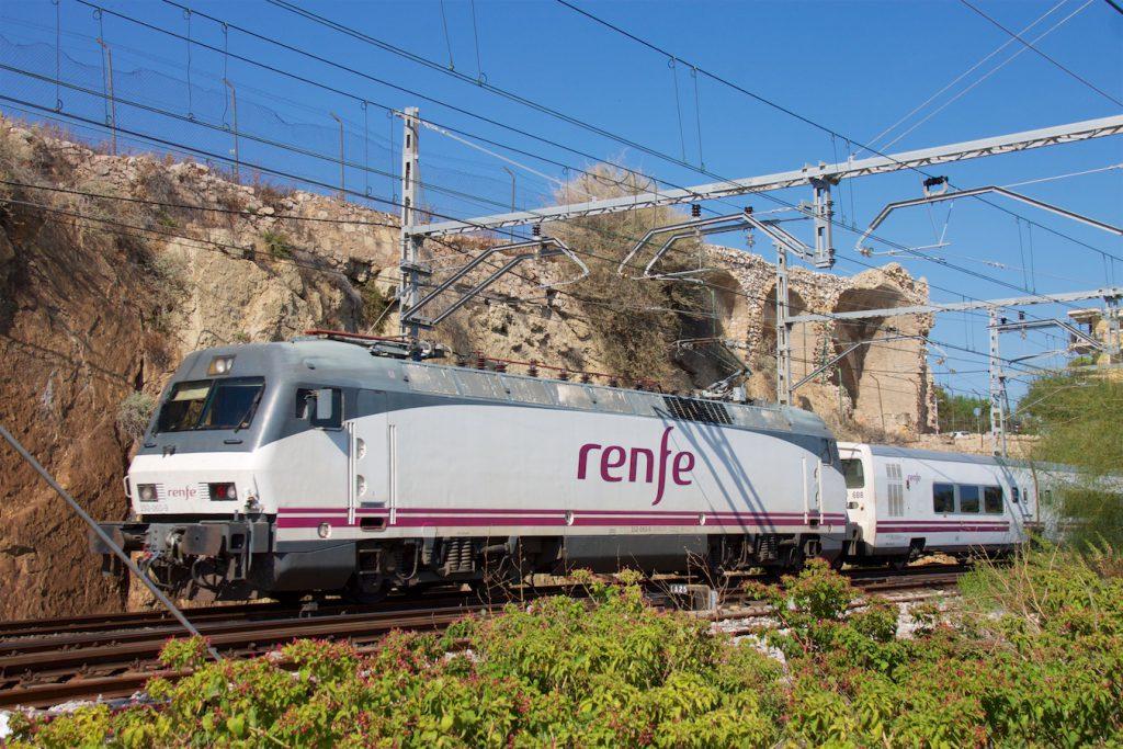 Talgo-Zug in Tarragona